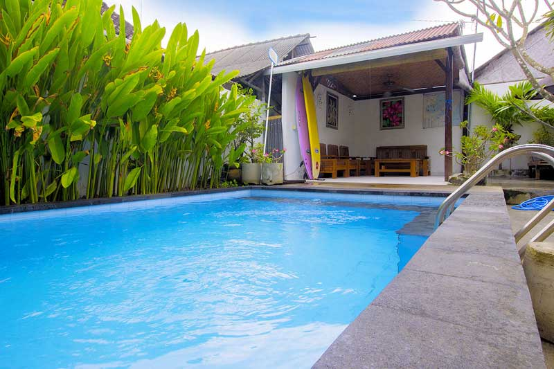 swimming pool for guest who stay at pantai bungalow